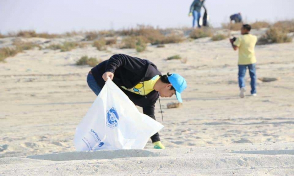 Al ghariyah beach cleanup